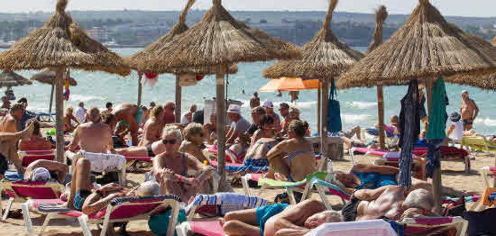 El empleo se desacelera también en el turismo