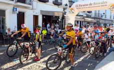 La Plaza de España, escenario central del Día de la bicicleta en Jerez de los Caballeros