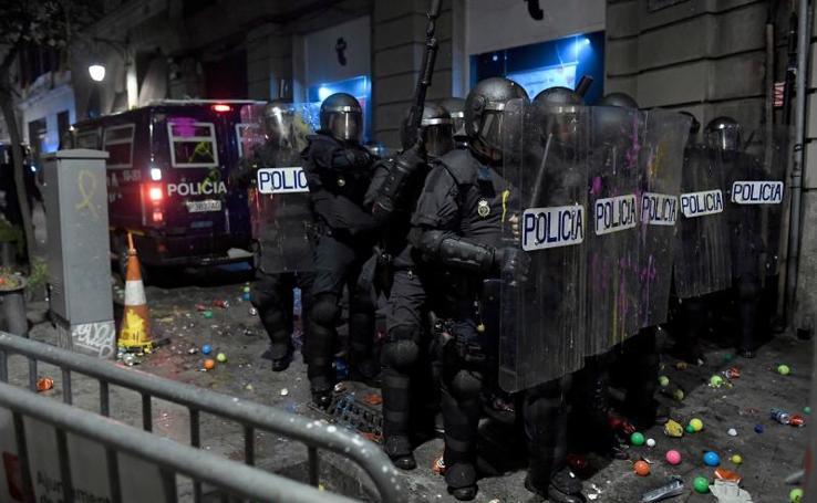 La violencia vuelve a las calles de Barcelona
