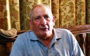 Pedro Cañadas recibe el premio Escobón de Oro por promocionar Los Escobazos