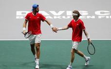 Bélgica y Rusia abren con victoria la nueva Copa Davis