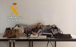 Acusada de robar y estafar más de 33.000 euros a una octogenaria de Jaraíz