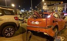 Un conductor ebrio resulta herido en Plasencia al embestir a un vehículo en el que viajaban un hombre y su mujer embarazada