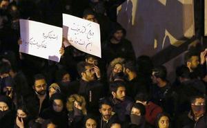 Las calles de Teherán piden dimisiones
