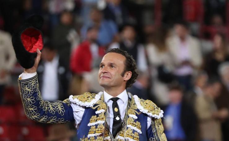 Ferrera indulta a un toro en la México y abre la puerta grande