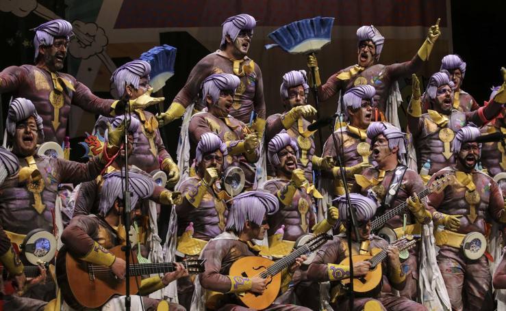 Imágenes de la última semifinal del Carnaval Romano