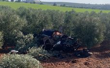 Dos fallecidos y cinco heridos graves en una colisión en Calzadilla de los Barros