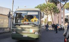 Italia 'clausura' once municipios por el coronavirus, que ya deja más de un centenar de infectados