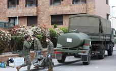 La Brigada Extremadura XI desinfecta la residencia de mayores Rosalba de Mérida