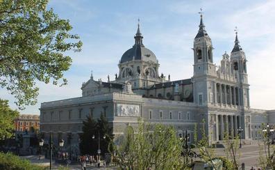 Los Reyes presiden el lunes el funeral en La Almudena por las víctimas de la Covid-19