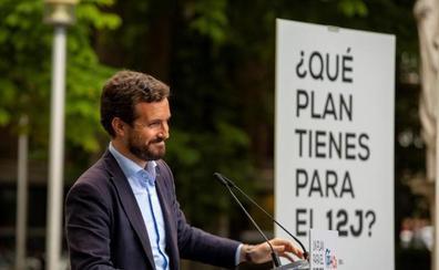 Casado exige a Sánchez que zanje el debate sobre la Corona ante la presión de Iglesias