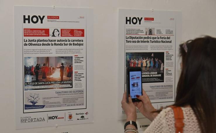 Inaugurada la exposición 'Olivenza en portada', sobre el diario HOY en la ciudad