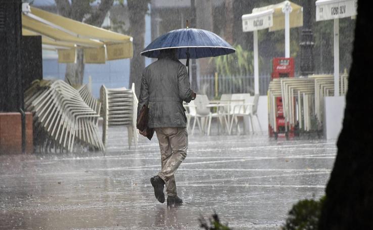 Las intensas lluvias de la borrasca Bárbara, en imágenes