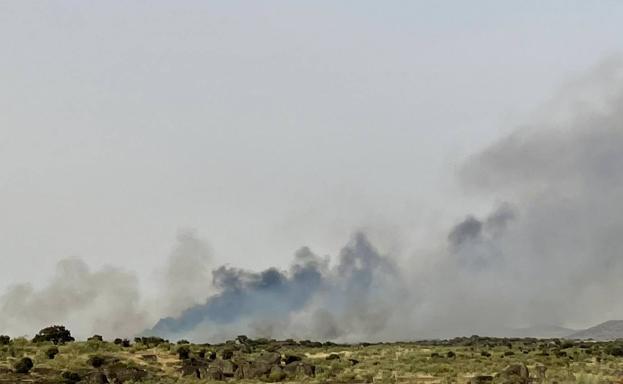 El incendio de la Malpartida de Cáceres se ha estabilizado