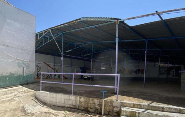 La grada municipal, que tiene estructuras muy antiguas.  / EDUCACIÓN FÍSICA