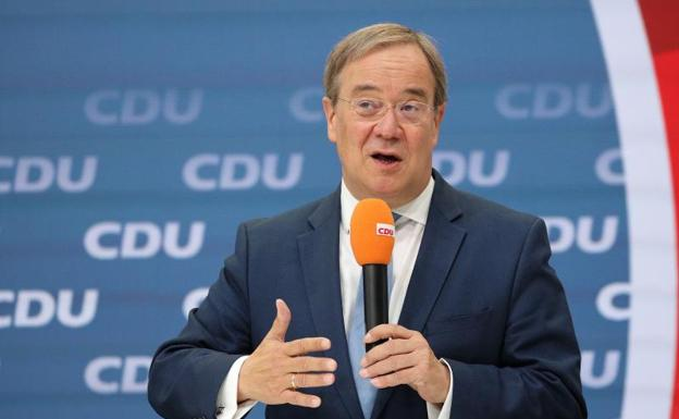 Koponan sa larangan ng konserbatibo ng Aleman upang ilunsad muli ang kampanya sa halalan