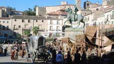 'La casa del dragón' cierra la plaza Mayor de Trujillo