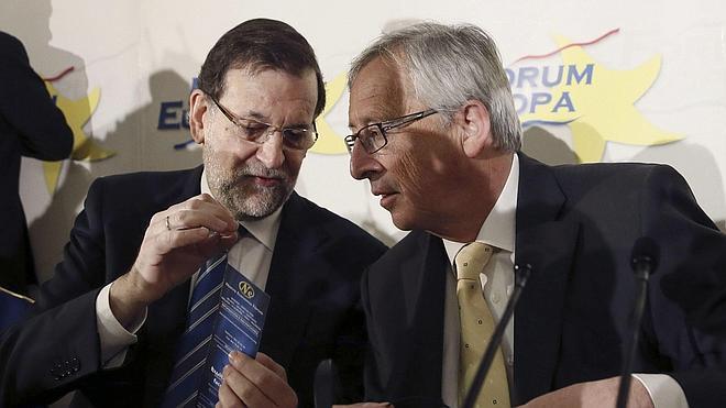 Rajoy advierte de que votar a «populistas y disgregadores» pondría en peligro la salida de la crisis