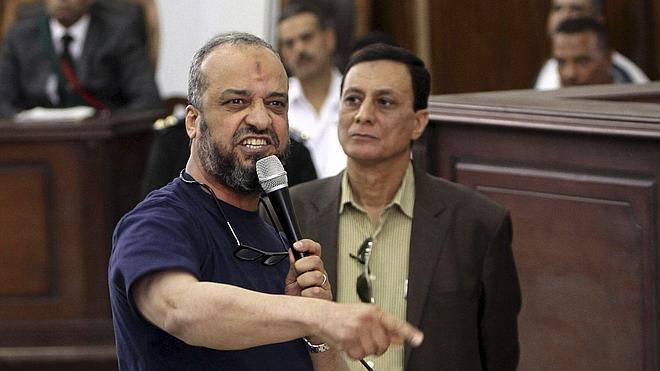 Egipto condena a 163 islamistas en la víspera de las presidenciales