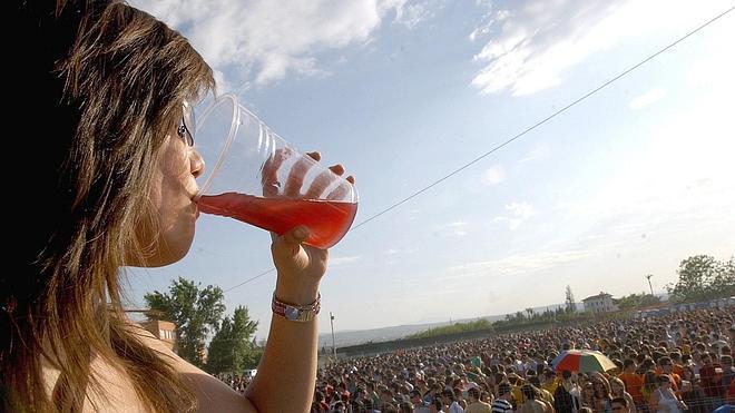 Identifican los daños que el abuso de alcohol causa en las neuronas
