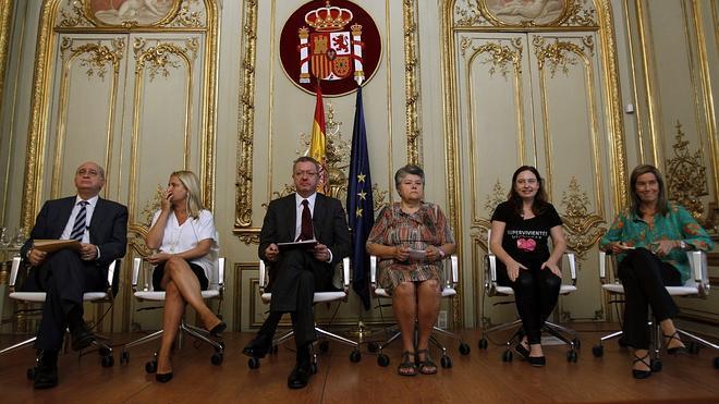 Gallardón y Fernández Díaz, sobre el caso Pujol: «La ley es igual para todos»