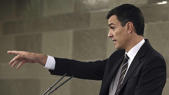 Sánchez reclama a Mas mayor contundencia sobre Pujol