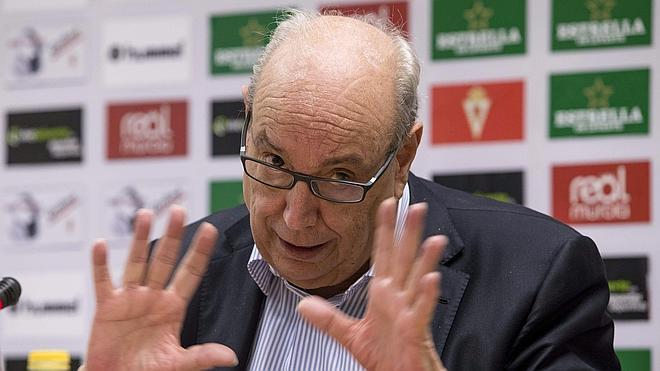 El Murcia ataca a la LFP por su descenso