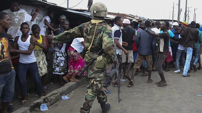 Los dos enfermos por el ébola tratados con el suero ZMapp en Liberia presentan una «clara mejoría»