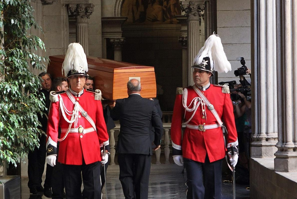Peret pidió que en su entierro se cante 'El muerto vivo' y 'Porque yo me iré'