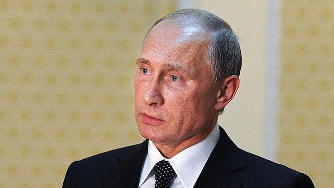 Putin advierte de que las sanciones contra Rusia perjudican a la UE y EE UU