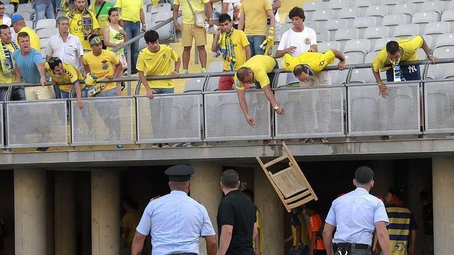 Dos meses de cárcel para los jóvenes identificados en el Las Palmas - Córdoba