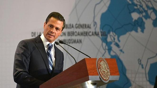 Peña Nieto defiende la investigación del Ejército por la muerte de 22 civiles a manos de militares