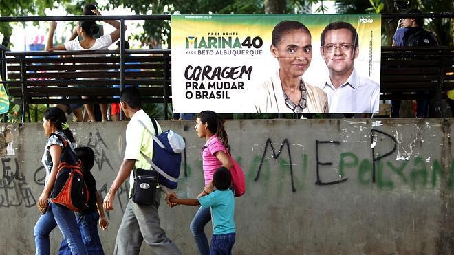 Rousseff y Silva apuran sus opciones entre los indecisos