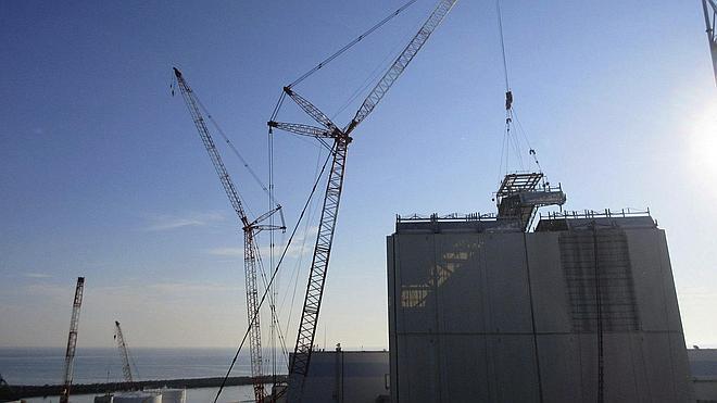 Concluye la retirada del combustible de la piscina del reactor 4 de Fukushima