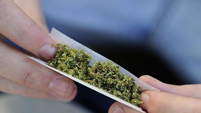 La policía de Nueva York dejará de detener a quien posea hasta 25 gramos de marihuana