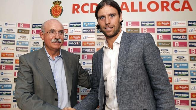 Serra Ferrer denuncia al presidente del Mallorca por falsificación documental