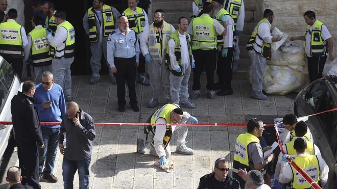 Abás condena el ataque en la sinagoga de Jerusalén