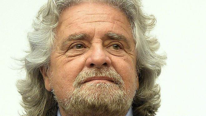 Grillo, el 'indignado' italiano, delega la responsabilidad de su partido