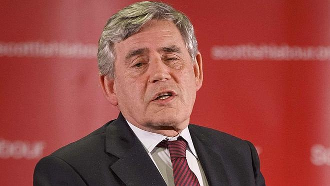 El ex primer ministro británico Gordon Brown anuncia su adiós como diputado