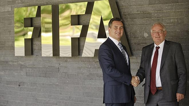 Michael Garcia dimite como investigador de la FIFA