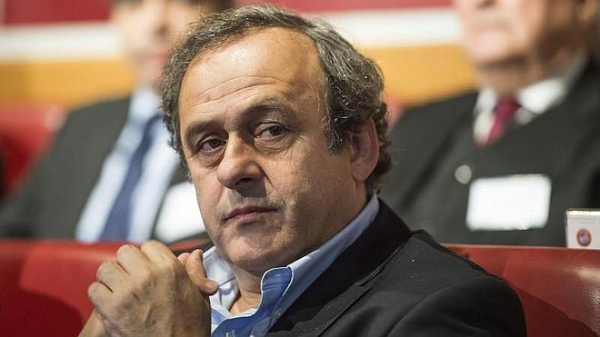 Platini: «La dimisión de Garcia es un nuevo fracaso para la FIFA»