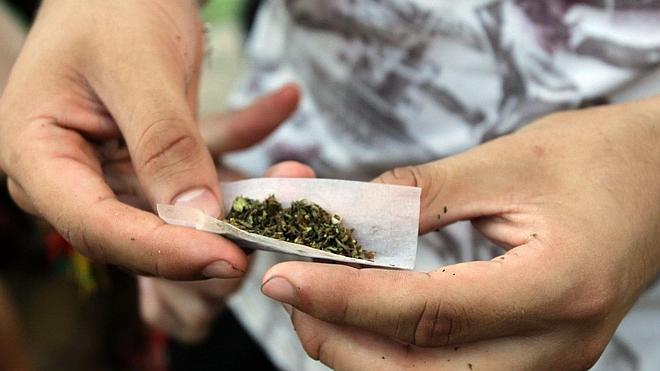 Crece la opinión contra las drogas, pero aumenta la permisividad hacia el cannabis