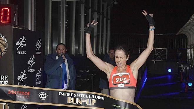 Una corredora australiana gana la carrera del Empire State por sexta vez