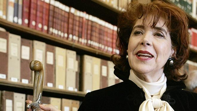 Muere la novelista argelina Assia Djebar
