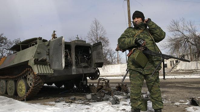 La UE prorroga seis meses las sanciones a dirigentes rusos y separatistas ucranianos