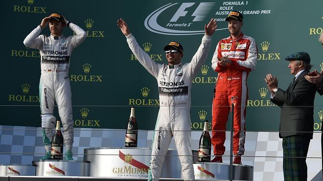 Hamilton se impone en Australia