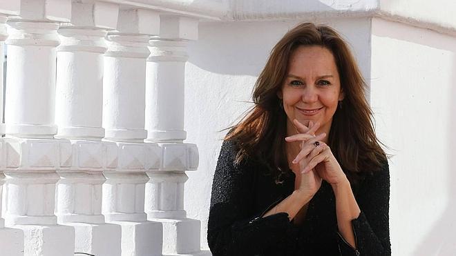 Pasiones y fortunas: vuelve el infalible 'cóctel María Dueñas'
