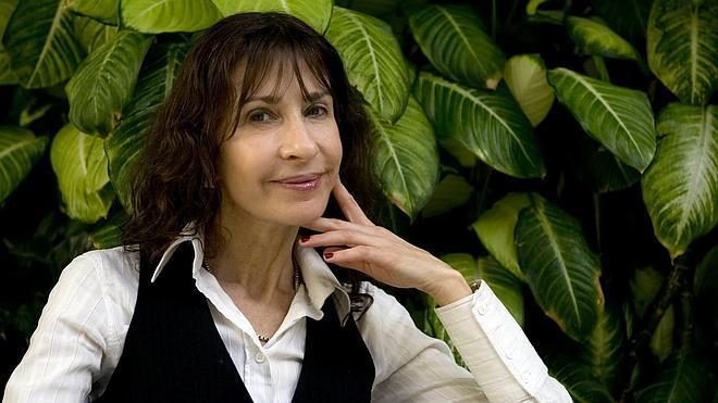 Carla Guelfenbein gana el Alfaguara de novela