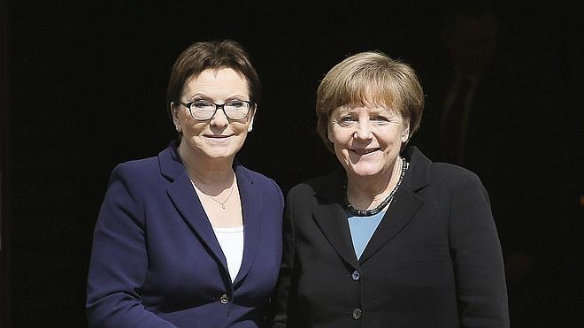 Polonia y Alemania abogan por mantener las sanciones contra Rusia