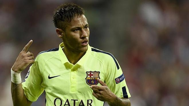 Neymar pone la directa hacia el triplete